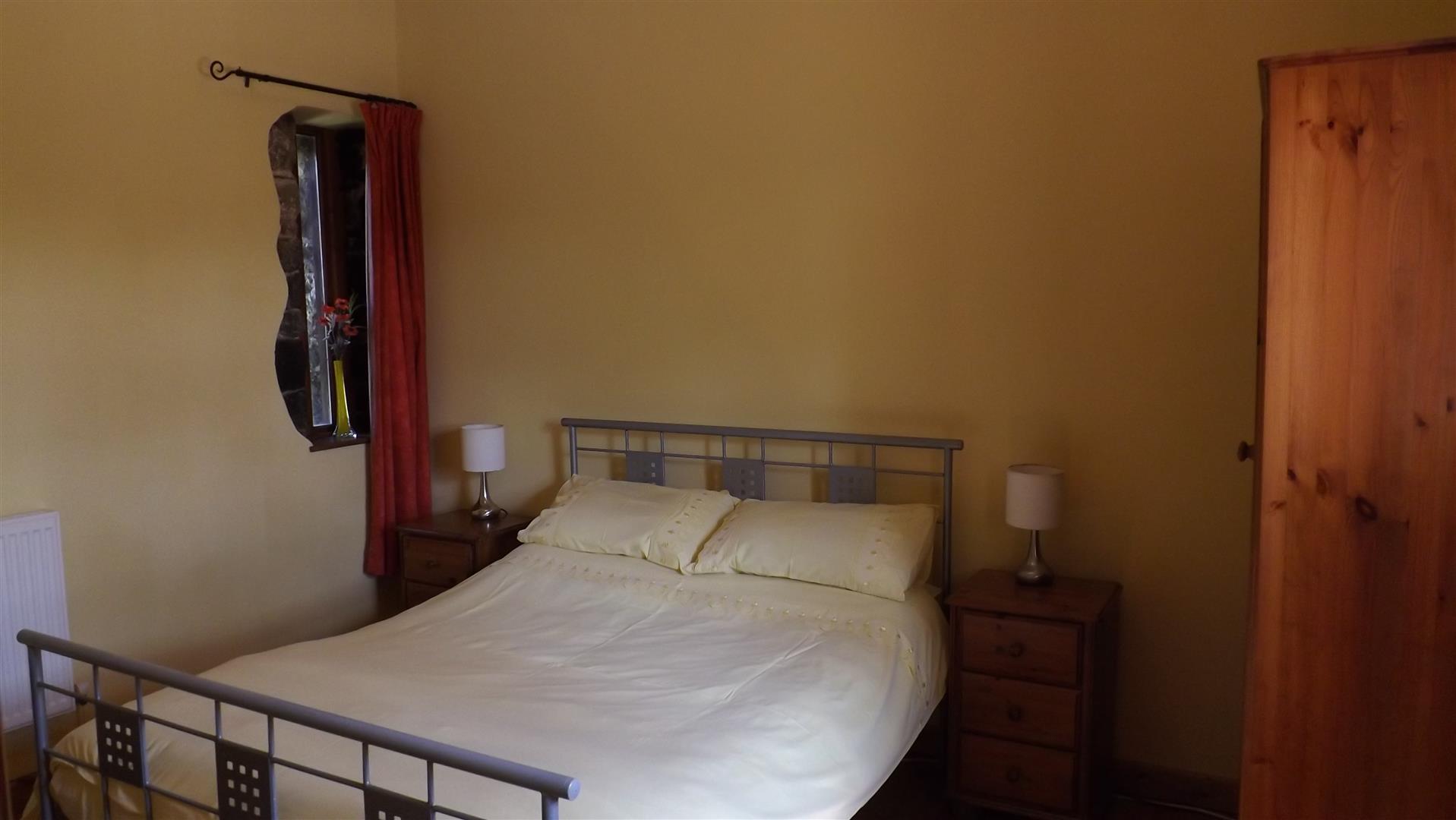 Foxes Bedroom 2